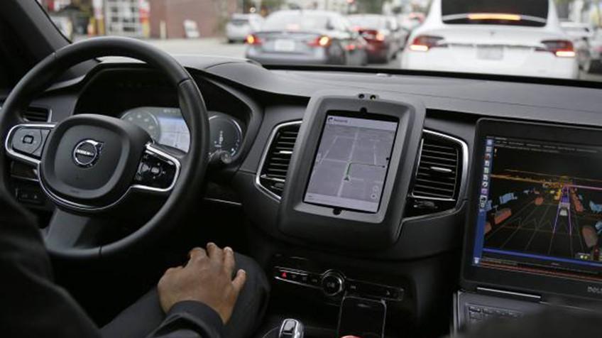 California ordena a Uber que detenga los coches sin conductor | Tecnología | EL PAÍS