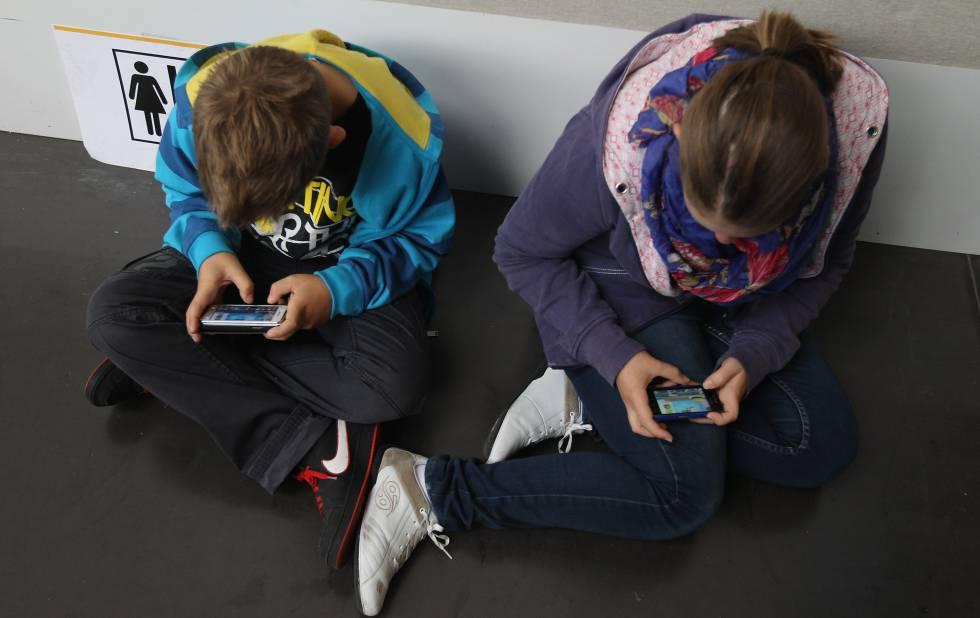 Cómo Y Quiénes Se Hacen Adictos A Las Redes Sociales Tecnología